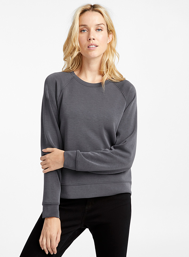 Contemporaine Dark Grey Peachskin raglan sweatshirt for women