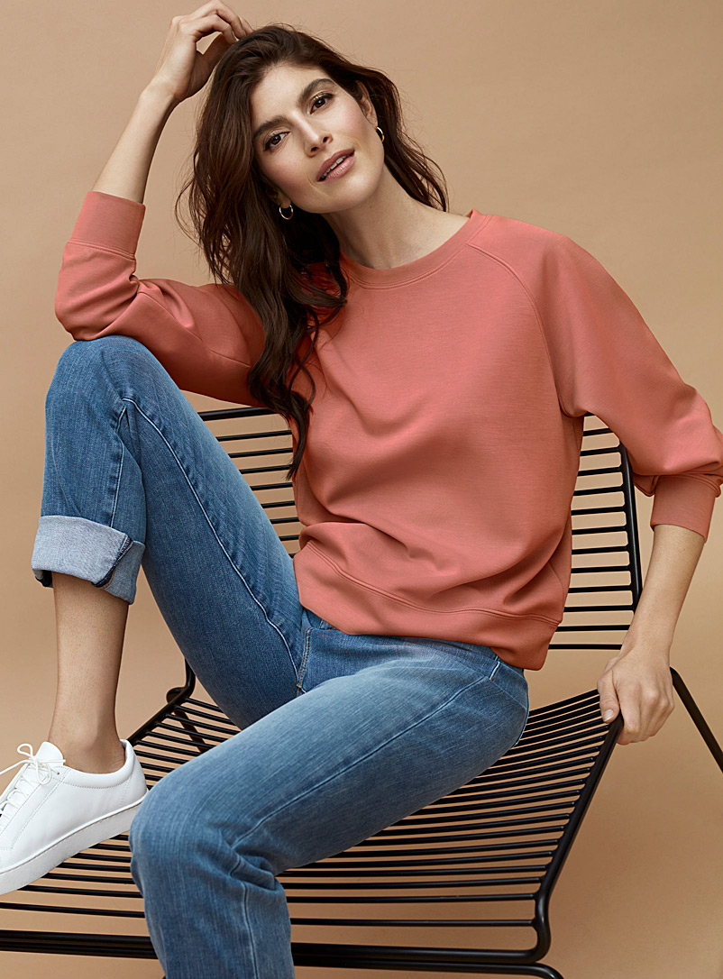 Contemporaine Dusky Pink Peachskin raglan sweatshirt for women