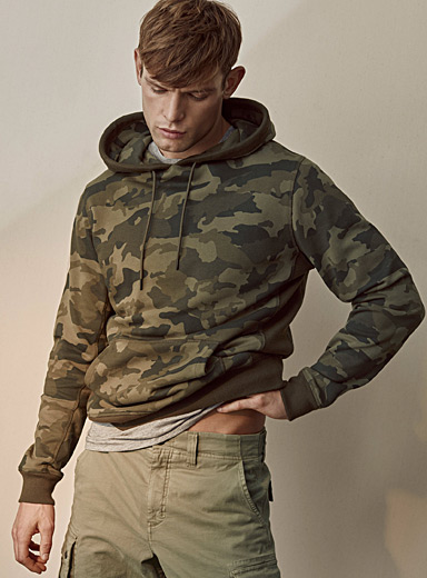 Le 31 Mossy Green Army hoodie for men
