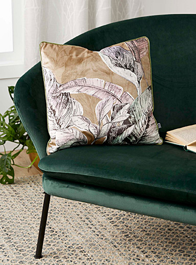 Modern foliage cushion <br>45 x 45 cm