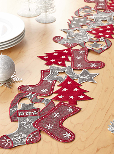 Christmas garland table runner  20 x 140 cm