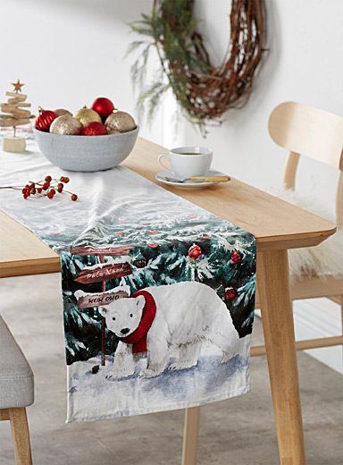 North Pole table runner <br>35 x 180 cm