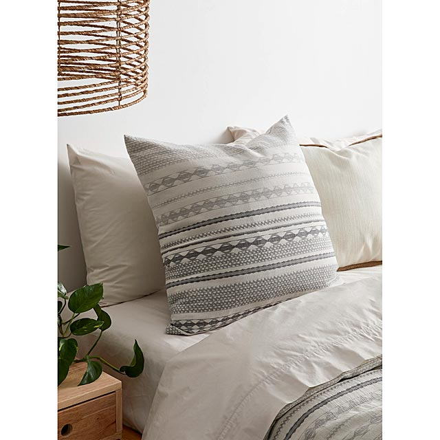 nomad-stripe-cushion-60-x-60-cm