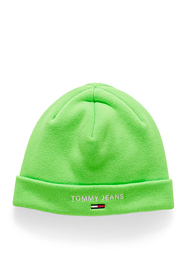 Neon embroidered logo tuque
