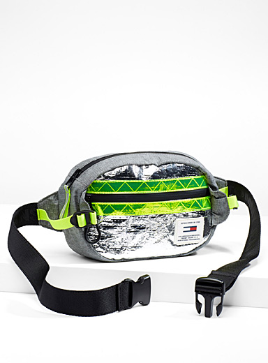 Reflective accent waist bag
