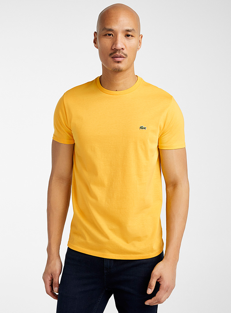 Le t-shirt col rond croco - Manches courtes - Jaune or