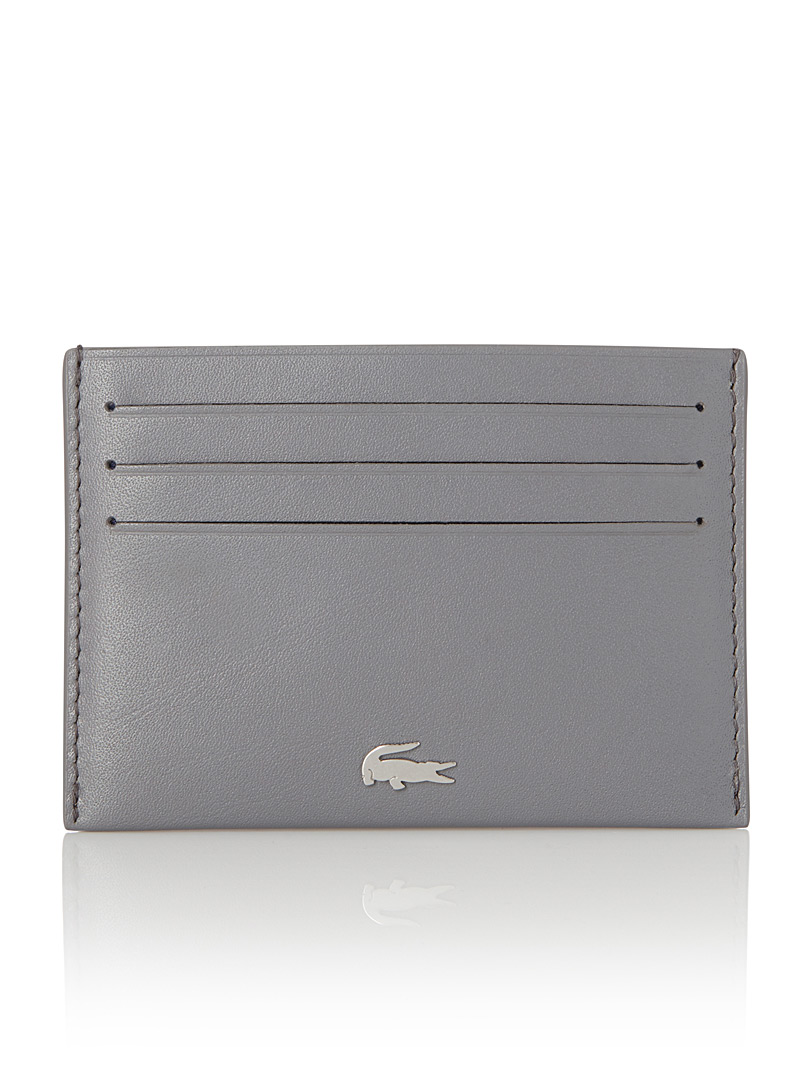 fg-card-holder