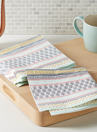 Ornamental stripe paper napkins  33 cm x 33 cm. Pack of 20.