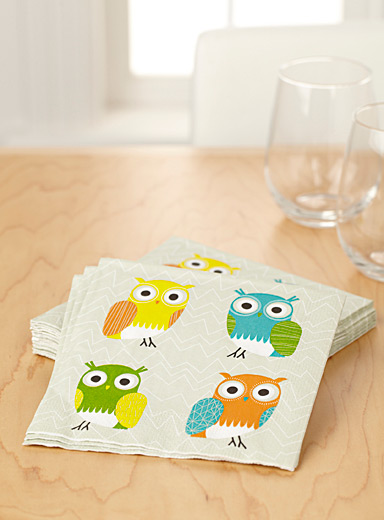 Cute owl paper napkins  33 x 33 cm. Pack of 20.