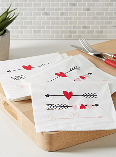 Cupid paper napkins  33 cm x 33 cm. Pack of 20.
