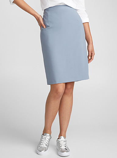 Minimalist straight skirt