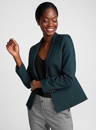 Accent button jacket
