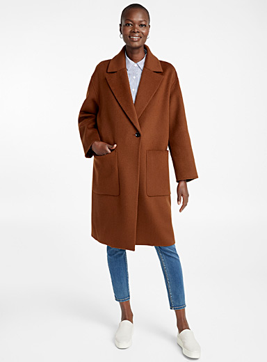 Crossover notch collar overcoat