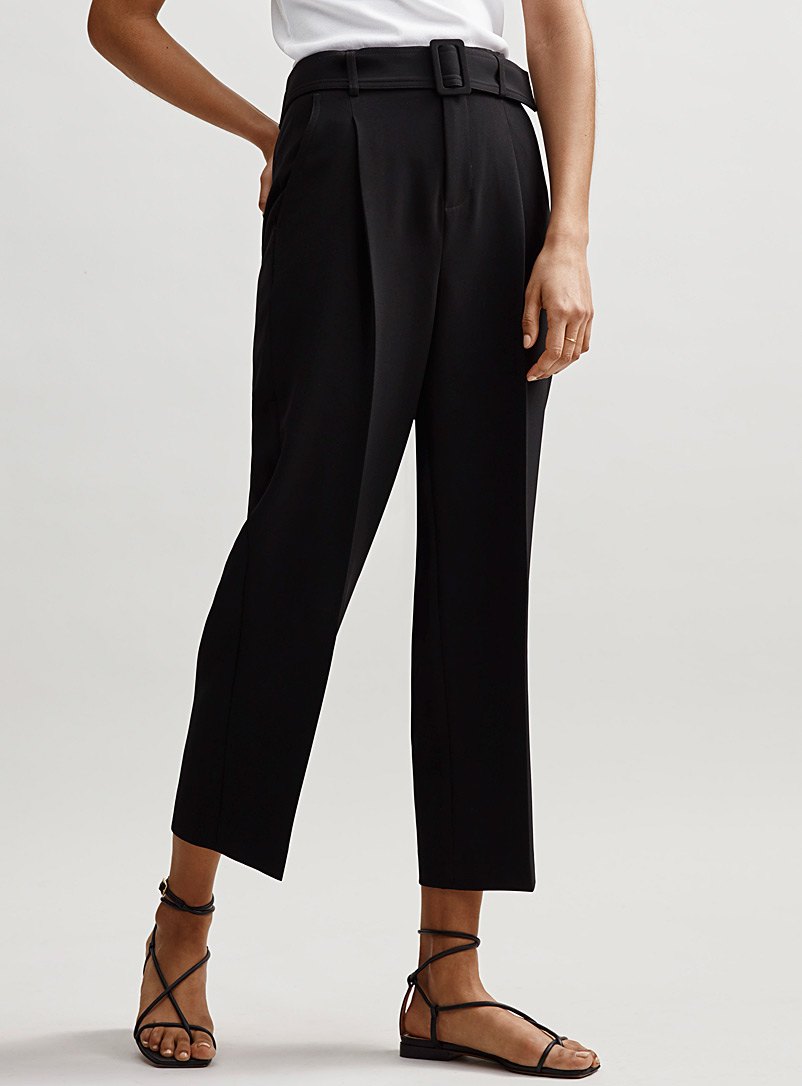 Contemporaine Black Techno crepe belted crop pant for women
