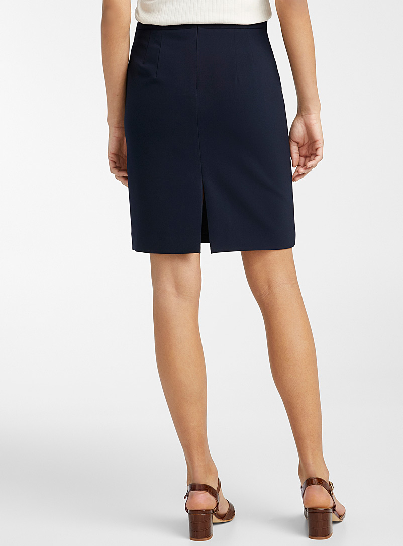 Contemporaine Black Techno crepe straight skirt for women