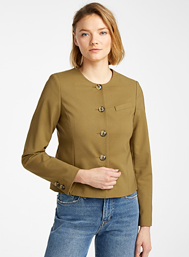 Buttoned structured jacket