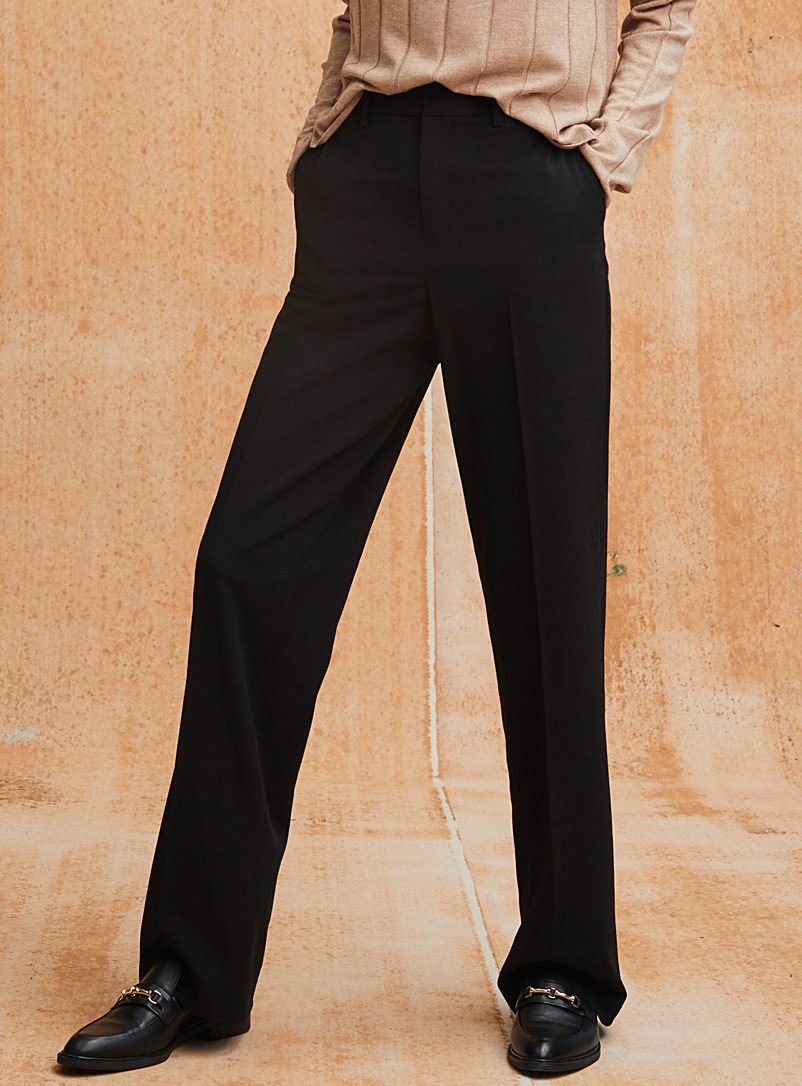 Contemporaine Black Finely woven straight pant for women