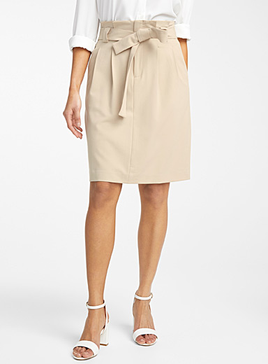 Tie-belt career skirt