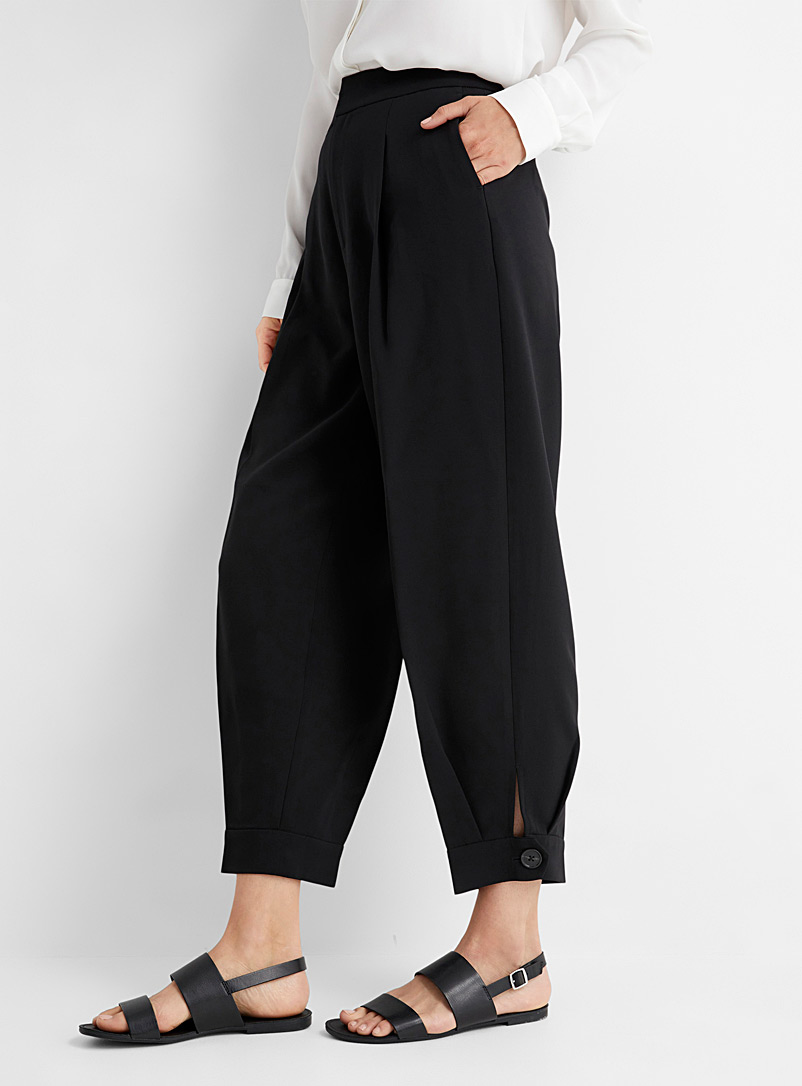 Contemporaine Sand Fluid and pleated barrel pant for women