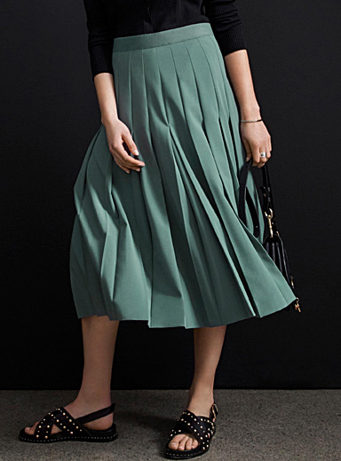 Wide-pleat midi skirt