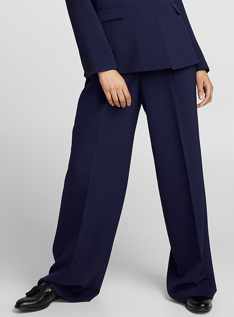 pleated-wide-leg-techno-crepe-pant