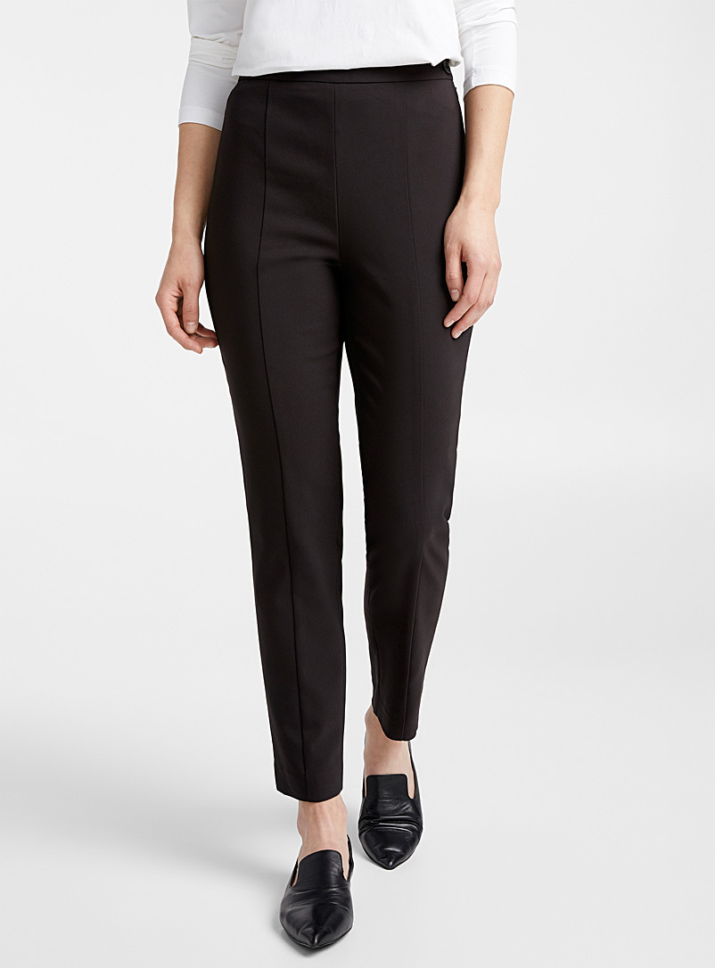 structured-slim-fit-pant