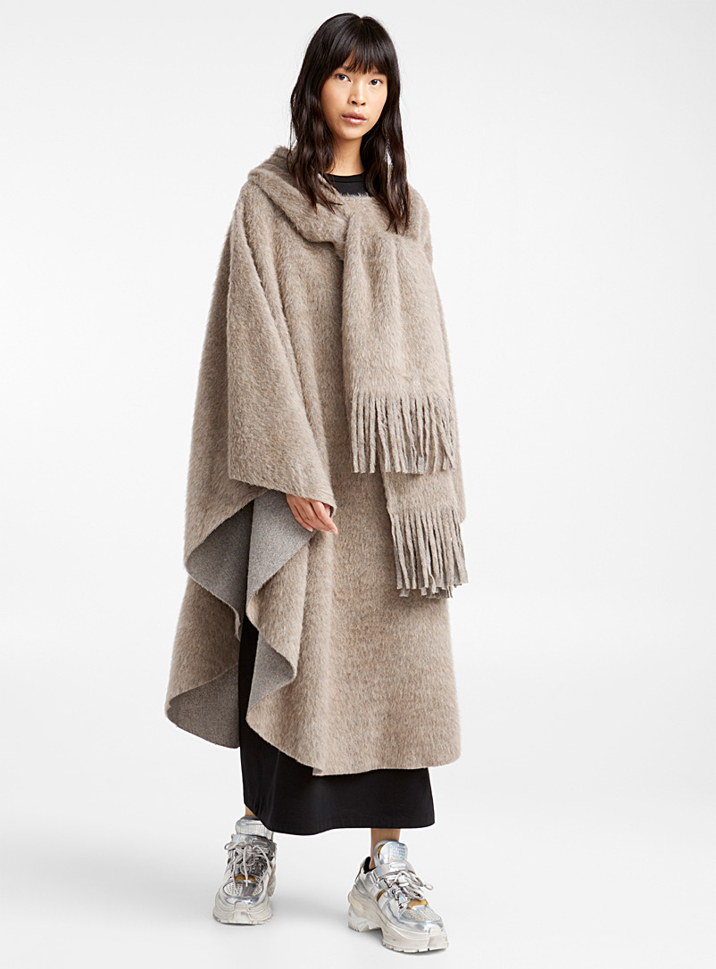 built-in-scarf-poncho