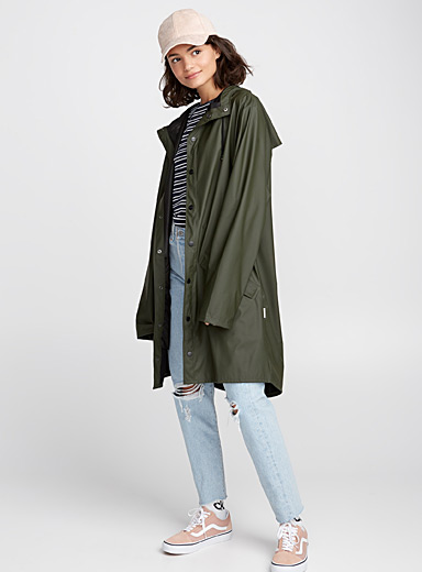 Long utilitarian raincoat