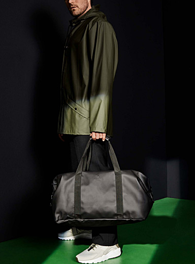 Waterproof weekender bag