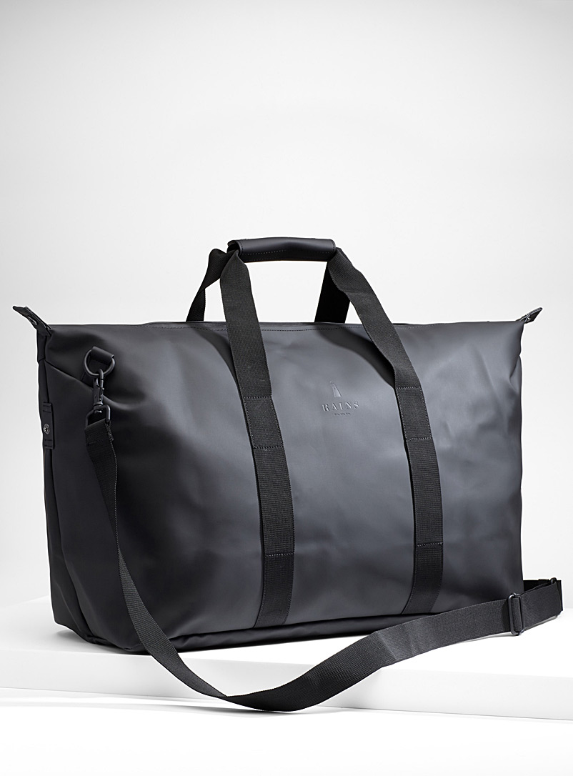 Rains Black Minimalist weekend bag for men