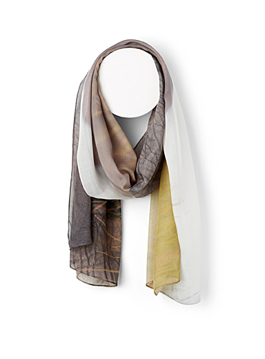 The Artists Label Assorted The Quiet Matriarch scarf for women