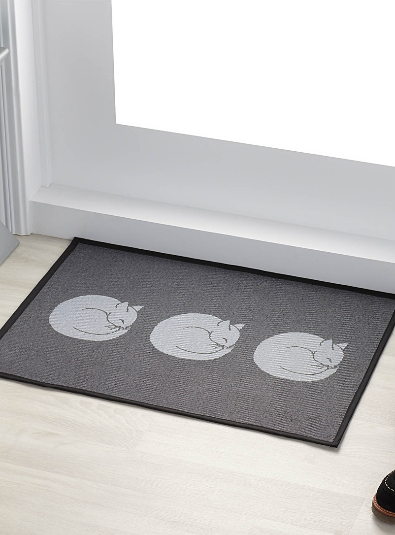 Simons Maison Patterned Grey Circle kitten rug  48 x 69 cm