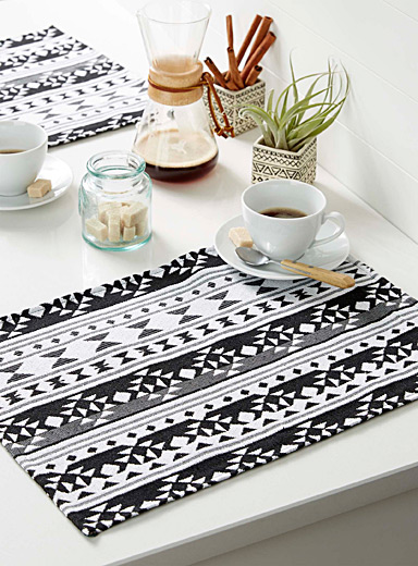 Geometry tapestry placemat