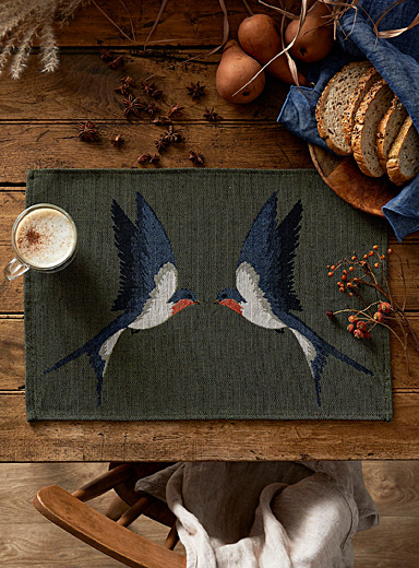Free birds tapestry placemat