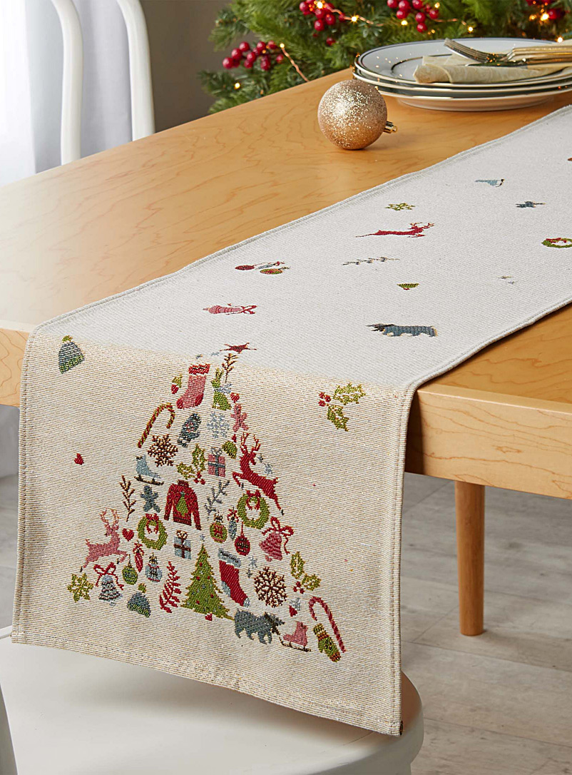 fun-fir-tree-tapestry-table-runner-br-33-cm-x-180-cm