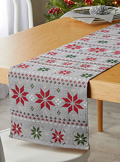 Graphic snowflake tapestry table runner  33 cm x 180 cm