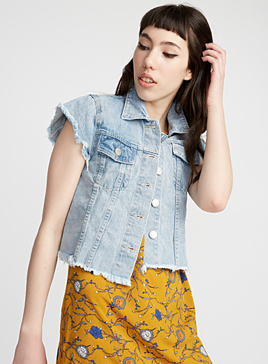 Short-sleeve jean jacket