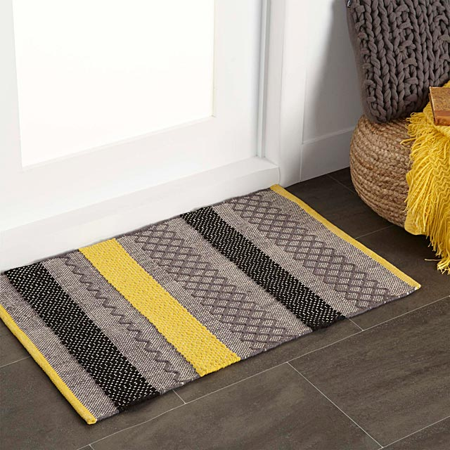 graphic-blocks-floor-mat-60-x-90-cm