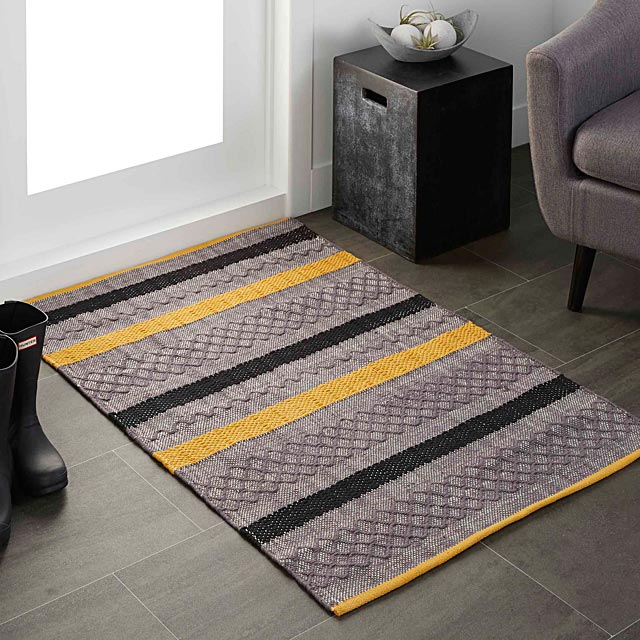 graphic-blocks-rug-90-x-130-cm