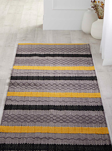 Graphic blocks rug 75 x 215 cm