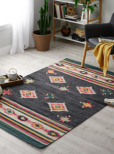 Colourful kilim rug  120 x 180 cm