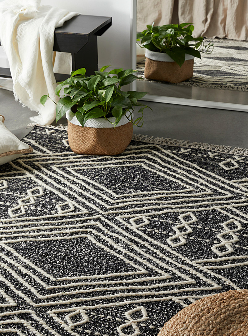 Simons Maison Black and White Wool diamond rug  120 x 180 cm