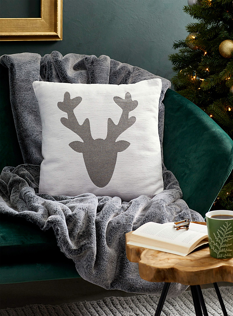 Geo reindeer cushion  45 x 45 cm - Cushions - Patterned White