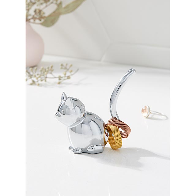 chrome-kitten-ring-holder