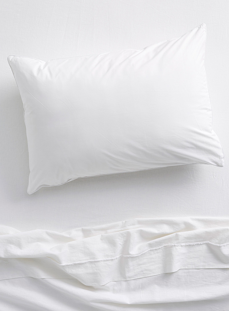 Sonatine pillow protector - Pillows & Pillow Covers - White