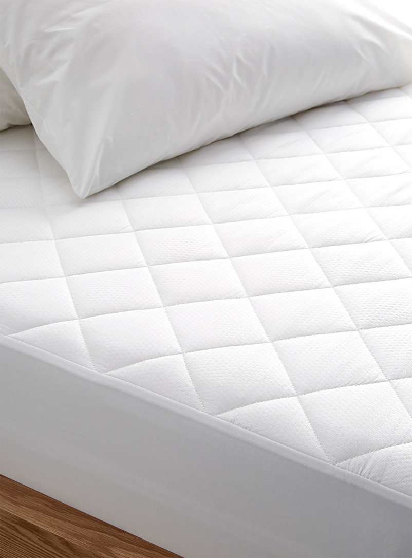 Harmonie mattress protector - Mattress Covers - White