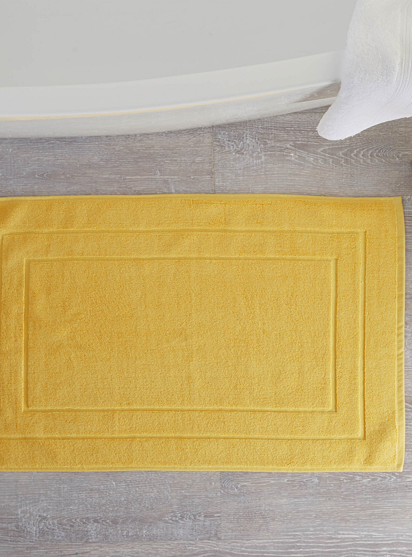 Turkish cotton bath mat  50 x 80 cm - Bath Rugs - Light Yellow