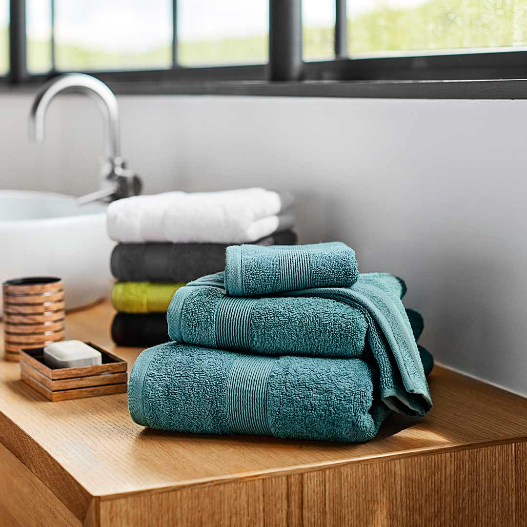 Well-liked Shop the Best Bath Towels & Towel Sets Online in Canada | Simons QA78