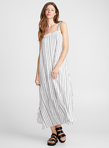 Contrast stripe square-neck dress